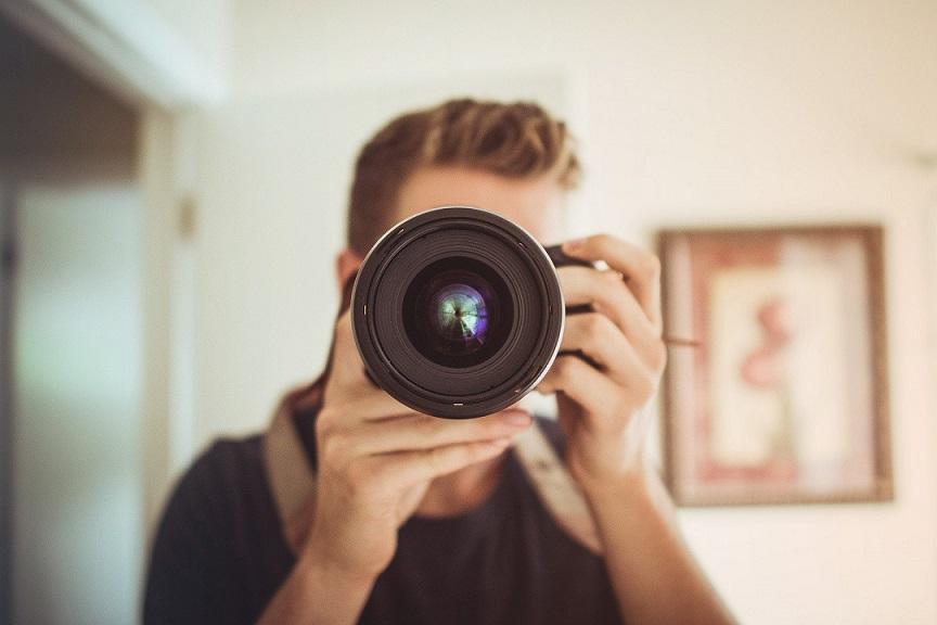 Сватбен фотограф: мъж с много професии