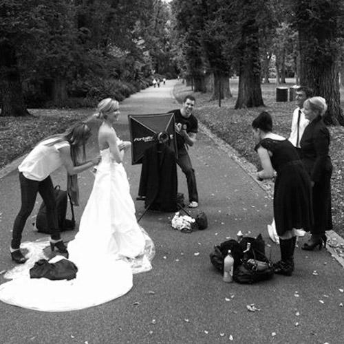 Фотограф за сватба, портрет и момент във фотографията