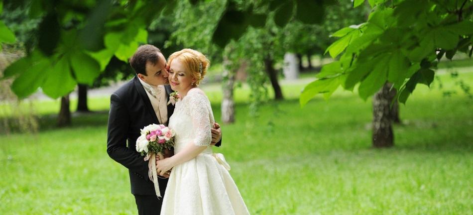 Как да позирате на сватбена фотосесия?